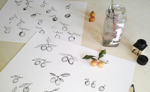 procesfoto Erica Verlaan kroontjes pen en inkt tekening