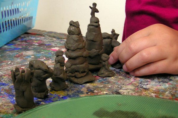 Werk je met kinderen of wil je creatieve processen begeleiden, tips advies en inspiratie in het blog van Erica Verlaan Ruimte voor creativiteit op de BSO